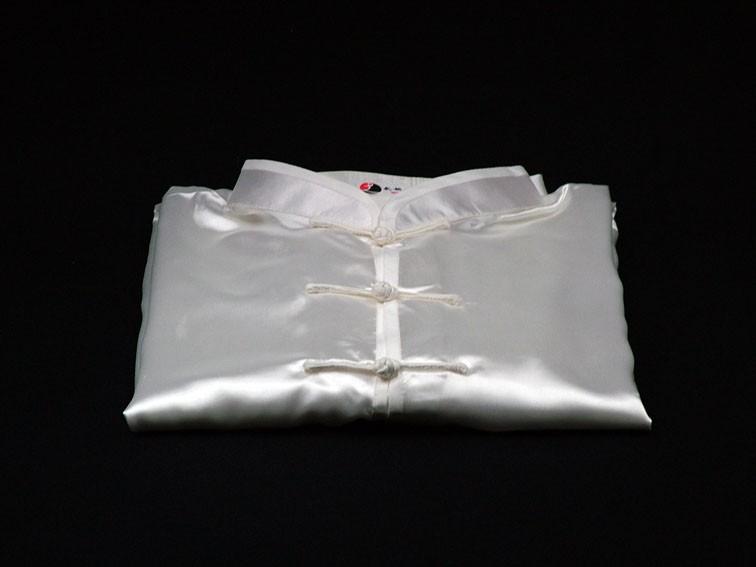 Tai Chi Anzug aus Satin, weiß
